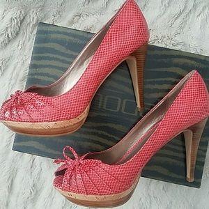Moda Wedge heel
